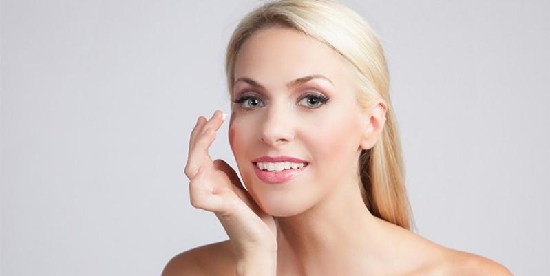Preenchimento na área dos Olhos em Clínica Ipiranga - Preenchimento Facial para Olheiras